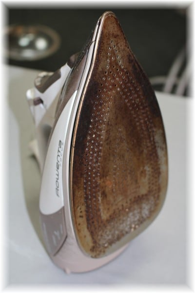 Video Tutorial on How to Clean a Dirty Iron!